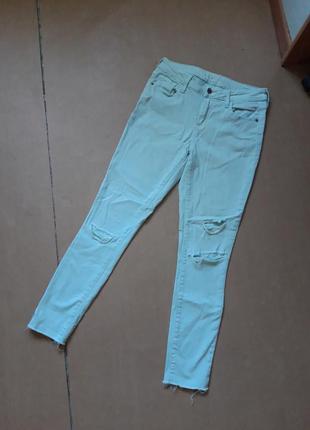 Скини джинсы с дырками