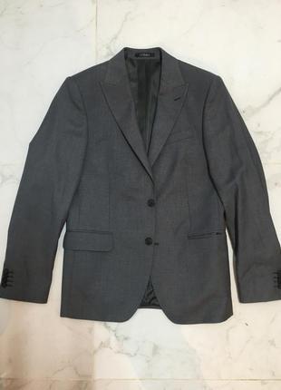 Серый пиджак arber