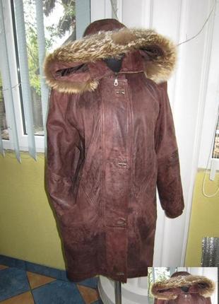 Женская кожаная куртка с капюшоном. германия. лот 581