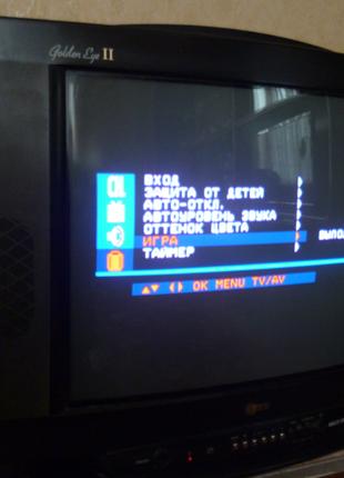Нерабочий телевизор LG Golden Eye CF-21K51