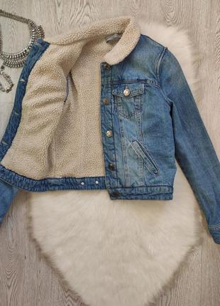Синяя голубая теплая джинсовая куртка шерпа с мехом внутри на ...