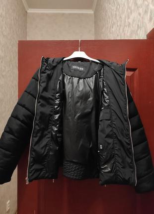 Женская куртка Guess