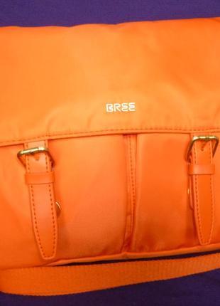 Стильная вместительная сумка eree