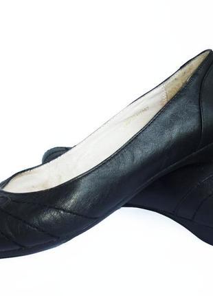 Стильные туфли-балетки натуральная кожа