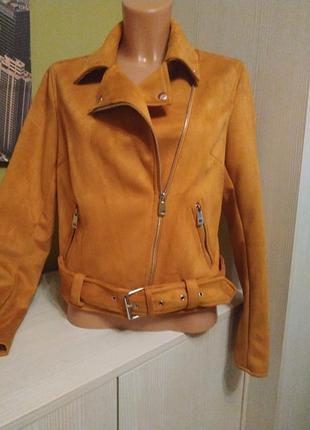 Плотный замш куртка косуха красивого цвета new look