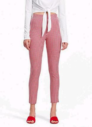 Женские брюки-сигареты брюки в клетку скинни Stradivarius 26 XS-S