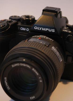 Системный фотоаппарат Olympus OM-D EM1 пробег 6500 состояние н...
