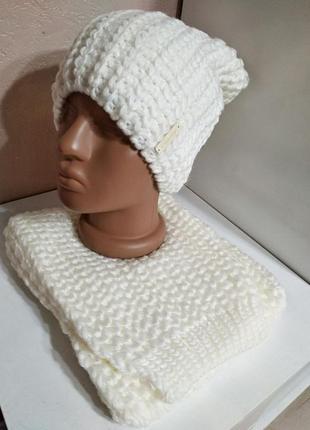 Комплект женская белая шапка и шарф оdyssey украина