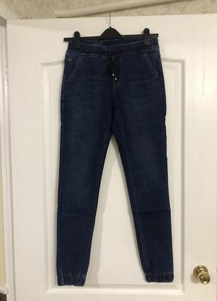 Утепленные джинсы на микрофлисе , новые!