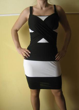 Платье бело черное