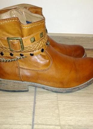 Фирменные зимние ботинки 40 р rieker