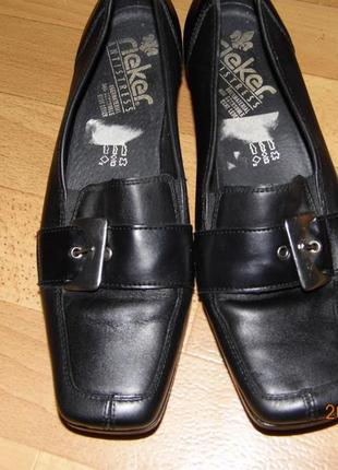 Фирменные кожаные туфли 39 р rieker