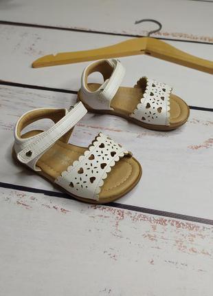 21 р. сандали босоножки george
