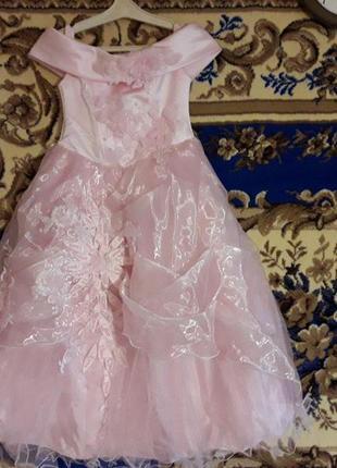 Нарядное торжественное платье на девочек 8-11 лет