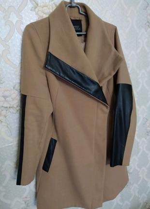 Весеннее женское кашемировое пальто
