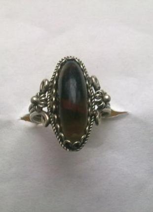 Кольцо ( СССР ) бижутерия под серебро