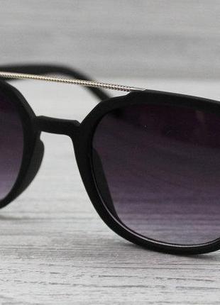 Матовые солнцезащитные очки унисекс черные