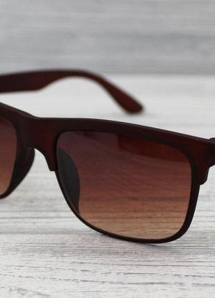 Солнцезащитные очки матовые унисекс