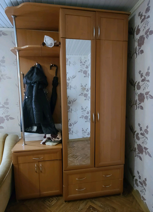 Шкаф красивый