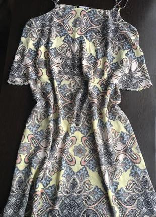 Красивое платье в свободном стиле