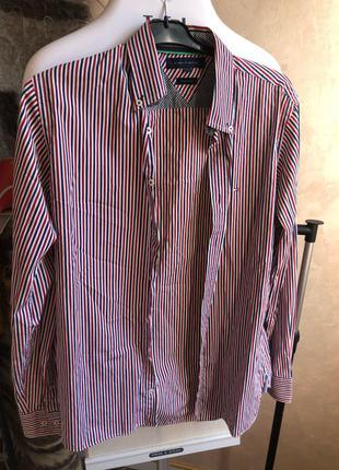 Мужская рубашка, размер S. Tommy Filfiger