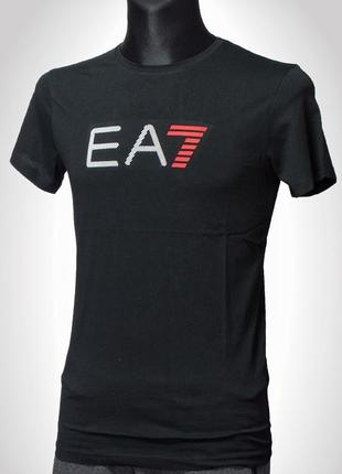 Emporio Armani, чоловіча футболка чорного кольору, напис EA7, Тур