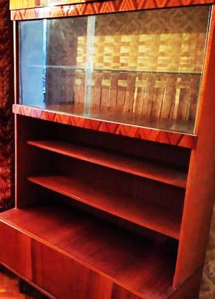 Сервант, полки, мебель для книг, вещей и прочего