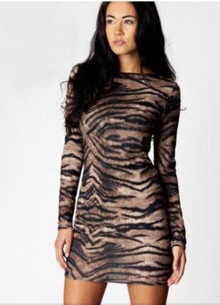Платье boohoo тигровый принт с длинным рукавом