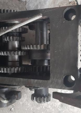 Запасные части к сверлильным станкам 2Н118,2Г125, 2Г135