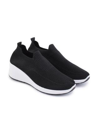 Женские чёрные кроссовки чулки