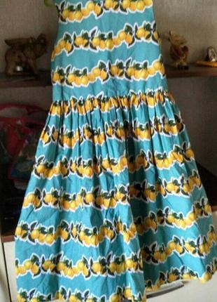 Платье для девочки в лимонах на 9-10л