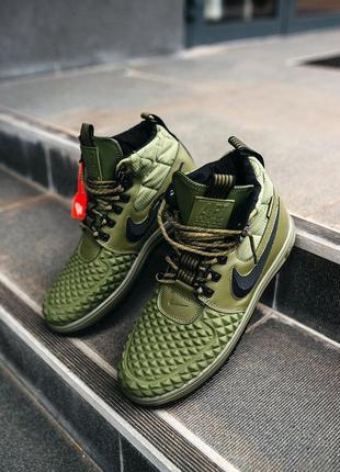 Nike duckboot 17 olive. мужские зелены демизесонные кроссовки ...