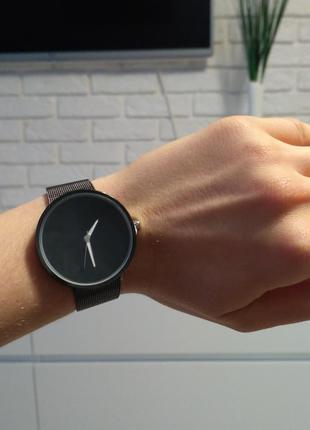 Красивые часы с незначительным нюансом (уценка)