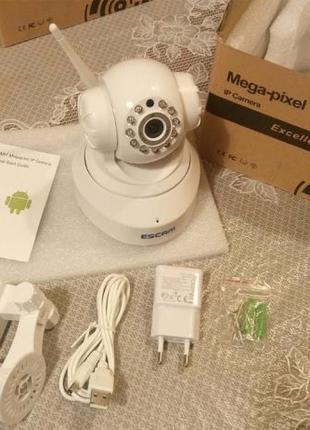 Вращающаяся IP камера ESCAM QF001 с качеством записи 720P и WIFI