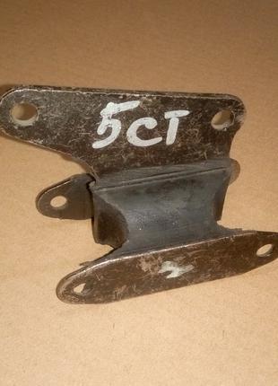 Подушка для 5 ти ступенчатой Коробки Передач КПП ВАЗ 2101-07
