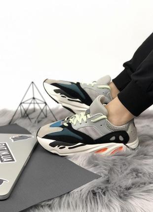 Шикарные весенние кроссовки adidas yeezy boost 700 wave runner