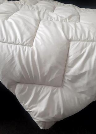 Продам новое стеганное одеяло