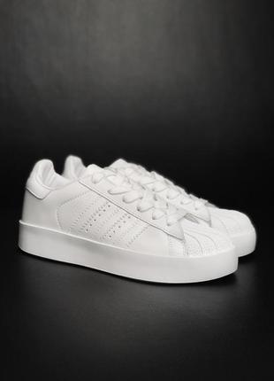 Шикарные женские кроссовки adidas  super star platform white 😍...