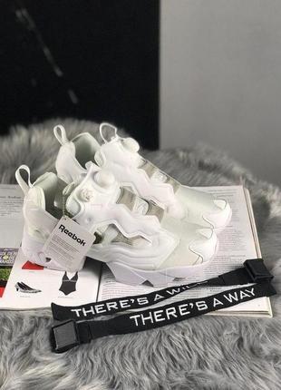 Шикарные женские кроссовки reebok insta pump fury full white 😍...