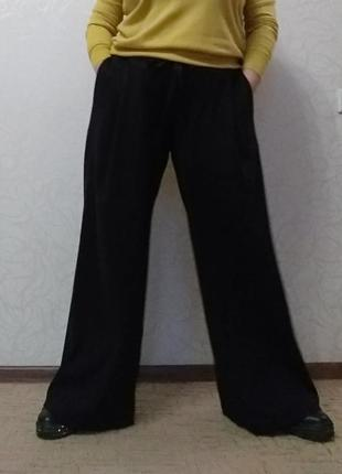 Трендовые широкие длинные в пол брюки палаццо из трикотажа (ит...