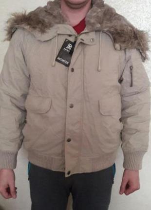 Мужская короткая куртка на зиму