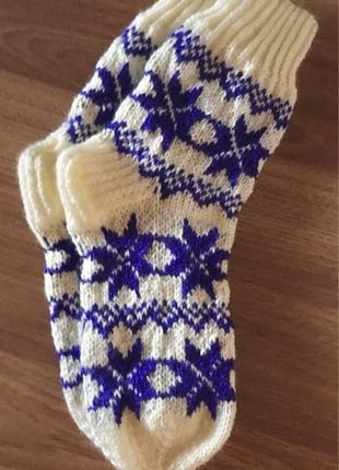 Вязаные носки для женщин
