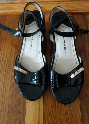 Босоножки, туфли, лаковые босоножки, туфли  на платформе