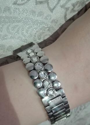 Продам швейцарские часы swatch камнями Сваровски