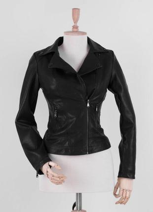 Женская чёрная куртка косуха кожаная эко