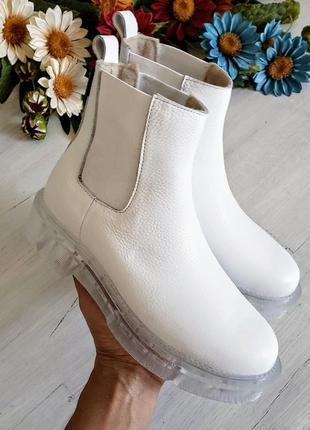 ❤женские белые кожаные низкие зимние ботинки на низком каблуке ❤