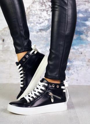 ❤невероятные женские черные кожаные кеды ❤