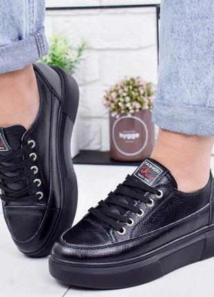 ❤невероятные женские черные кроссовки кеды ❤