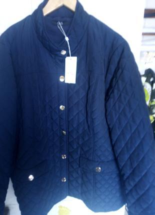 Курточка темно синяя стеганная кубиками демосизон Италия