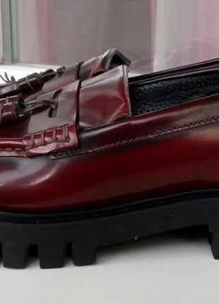 Стильные кожаные лоферы на тракторной подошве office london(ин...